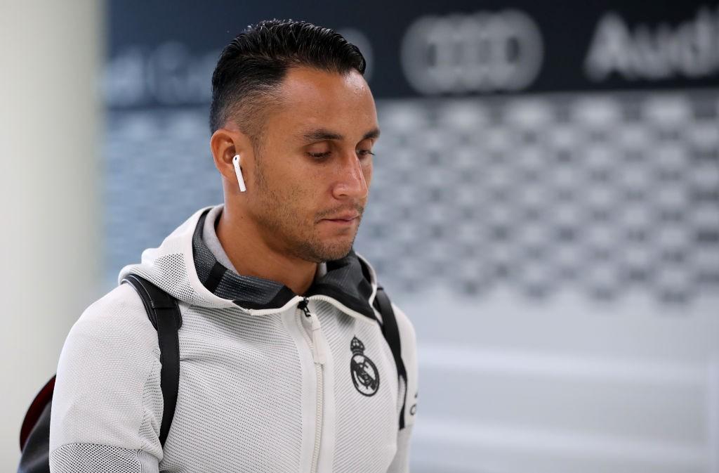Paris Saint-Germain bring in Rico from Sevilla